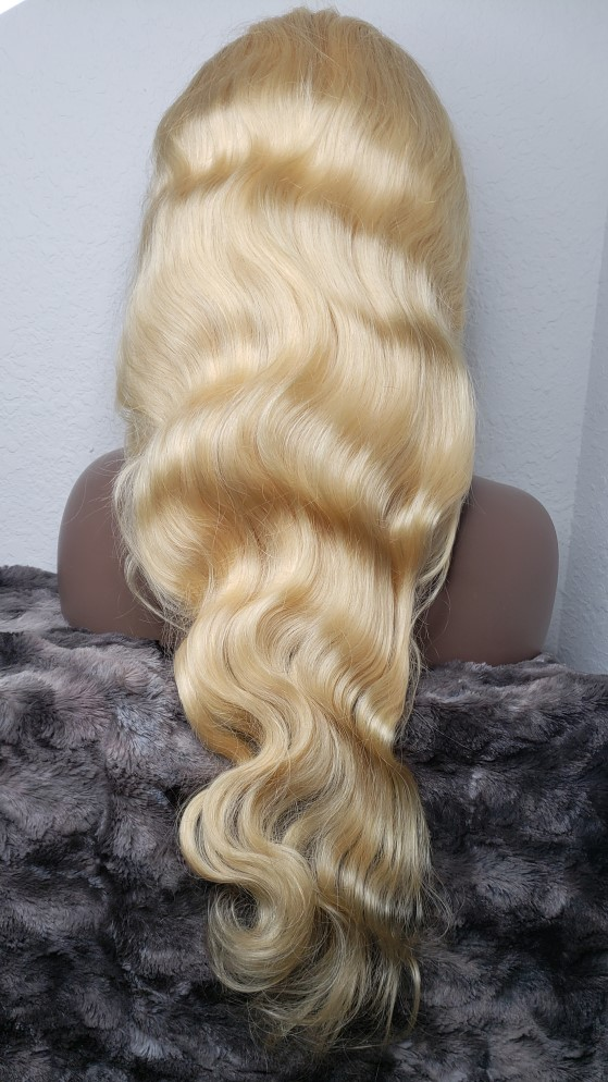 long blonde curly hair body wave